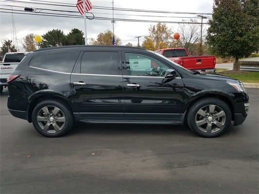 2017 Chevrolet Traverse 2LT AWD, CAPTAINS CHAIRS ...